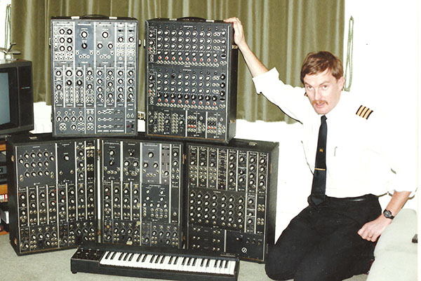 Exclusively Analogue - An old Moog Modular in 1994